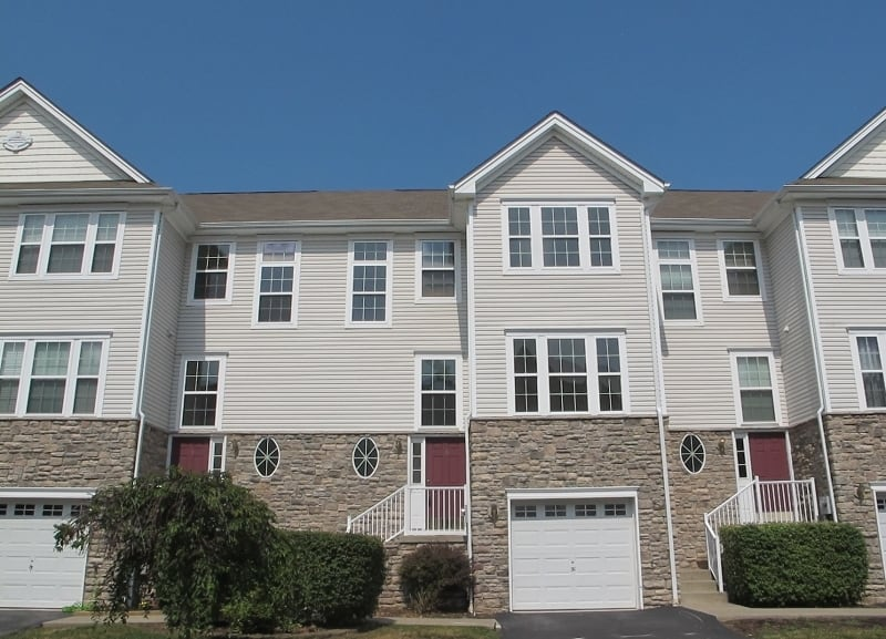 15 Indian Field Dr Hamburg, NJ 07419 recently sold